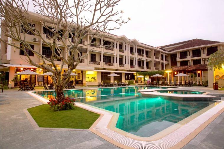 swimming-pool-21.jpg
